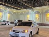 Chevrolet Lacetti, 3 pozitsiya 2021 года за 14 300 у.е. в Samarqand