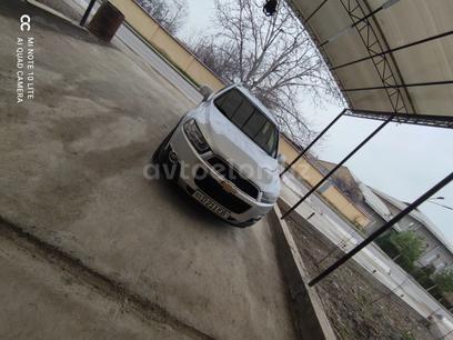 Chevrolet Captiva, 3 pozitsiya 2012 года за 16 300 у.е. в Toshkent