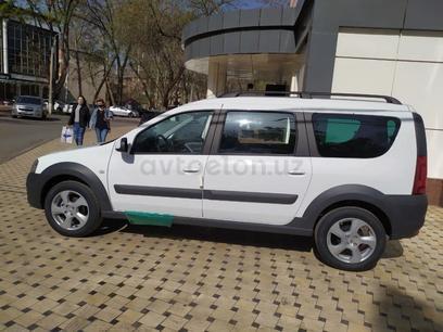 ВАЗ (Lada) Largus 2021 года за ~14 912 y.e. в Ташкент – фото 2