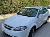 Chevrolet Lacetti, 3 pozitsiya 2021 года за 14 700 у.е. в Toshkent