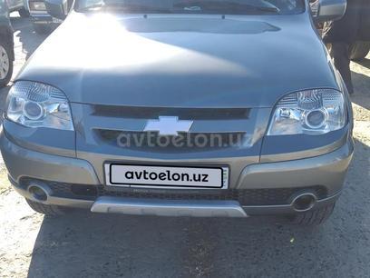 Chevrolet Niva 2012 года за ~7 619 у.е. в Chimboy tumani