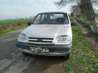 Chevrolet Niva 2007 года за 5 100 у.е. в Sariosiyo tumani