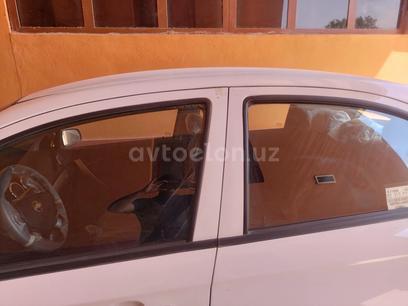 Chevrolet Nexia 3, 2 позиция 2020 года за 9 000 y.e. в Гузарский район