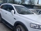 Chevrolet Captiva, 2 pozitsiya 2013 года за 16 500 у.е. в Toshkent
