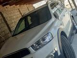 Chevrolet Captiva, 3 pozitsiya 2013 года за 15 500 у.е. в Jizzax
