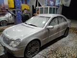 Mercedes-Benz C 200 2001 года за 10 500 у.е. в Urganch