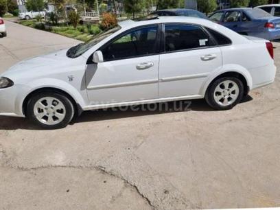 Chevrolet Lacetti, 3 pozitsiya 2019 года за 13 200 у.е. в Toshkent