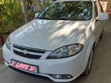 Chevrolet Lacetti, 1 позиция 2015 года за 9 500 y.e. в Алтынкульский район