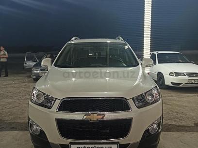 Chevrolet Captiva, 2 позиция 2012 года за 16 000 y.e. в Джизак