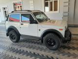 ВАЗ (Lada) Нива 1922 Бронто 2020 года за 13 200 y.e. в Самарканд