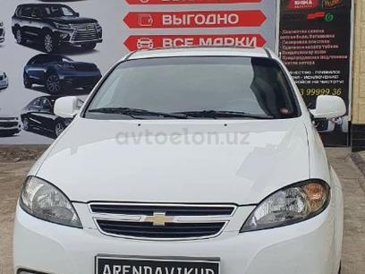 Chevrolet Lacetti, 3 позиция 2017 года за 11 800 y.e. в Ташкент