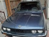 BMW 325 1985 года за 3 000 у.е. в Qo'qon