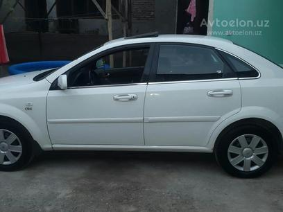 Chevrolet Lacetti, 3 pozitsiya 2010 года за 7 500 у.е. в Farg'ona – фото 2