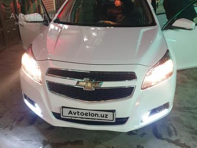 Chevrolet Malibu, 1 позиция 2013 года за 13 500 y.e. в Наманган