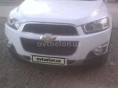Chevrolet Captiva, 2 позиция 2013 года за ~12 820 y.e. в Ташкент