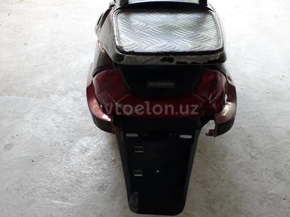 Peugeot  Скутер 2000 года за ~332 у.е. в Namangan – фото 7