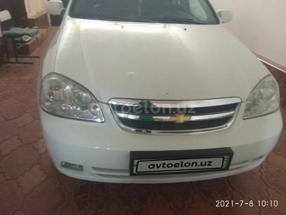 Chevrolet Lacetti, 3 pozitsiya 2011 года за 8 000 у.е. в Buxoro