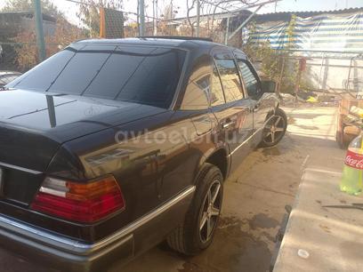 Mercedes-Benz E 300 1992 года за 6 000 y.e. в Куйичирчикский район – фото 5