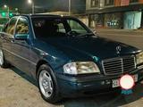 Mercedes-Benz C 180 1995 года за 6 000 у.е. в Toshkent