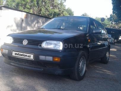 Volkswagen Golf 1993 года за 5 300 y.e. в Ташкент