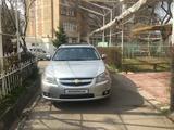 Chevrolet Epica, 3 позиция 2010 года за 8 200 y.e. в Ташкент
