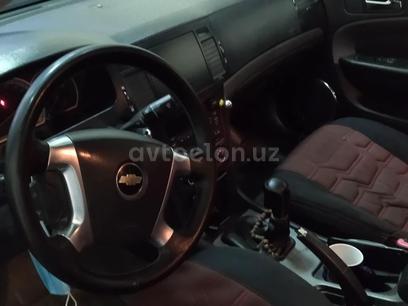 Chevrolet Epica, 1 позиция 2008 года за 6 500 y.e. в Гиждуван