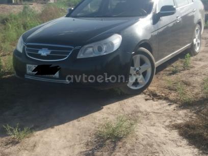 Chevrolet Epica, 2 позиция 2008 года за 9 000 y.e. в Хивинский район