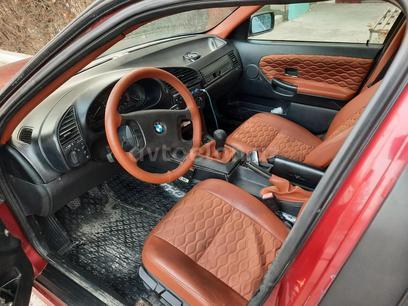 BMW 318 1991 года за 4 000 у.е. в Farg'ona – фото 6