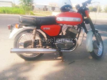 Jawa (Ява)  350 1984 года за ~333 y.e. в Денау