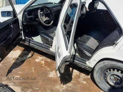Mercedes-Benz 190 1984 года за 2 800 y.e. в Фергана