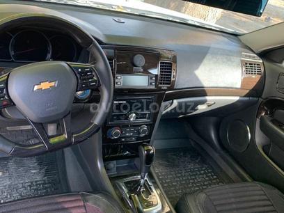 Chevrolet Epica, 3 позиция 2010 года за 10 000 y.e. в Ташкент