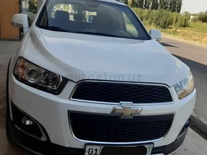 Chevrolet Captiva, 3 pozitsiya 2014 года за 17 000 у.е. в Toshkent