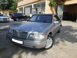 Mercedes-Benz C 180 1995 года за 5 500 у.е. в Samarqand