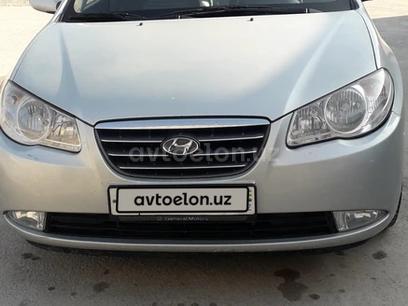 Hyundai Avante 2009 года за 8 000 у.е. в Namangan tumani