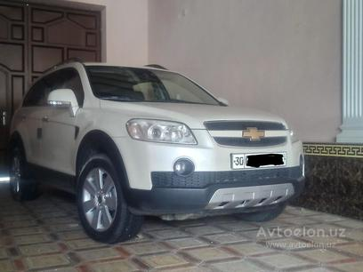 Chevrolet Captiva, 1 позиция 2008 года за 10 000 y.e. в Самарканд