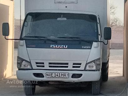 Isuzu  Isuzu 2013 года за 26 000 у.е. в Farg'ona