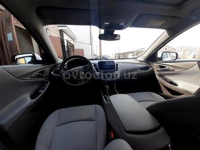 Chevrolet Malibu 2 2019 года за ~24 418 у.е. в Urganch