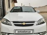 Chevrolet Lacetti, 3 pozitsiya 2017 года за 11 500 у.е. в Namangan