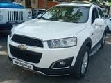 Chevrolet Captiva, 3 pozitsiya 2013 года за 13 800 у.е. в Qo'qon