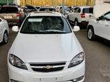Chevrolet Lacetti, 3 pozitsiya 2021 года за 14 999 у.е. в Toshkent