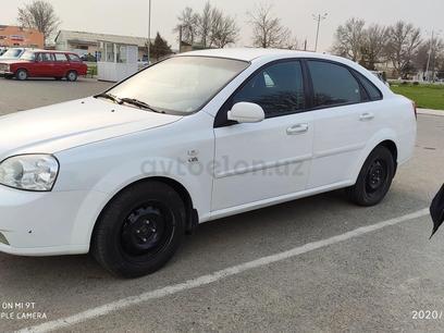 Chevrolet Lacetti, 2 pozitsiya 2013 года за 10 000 у.е. в Jizzax