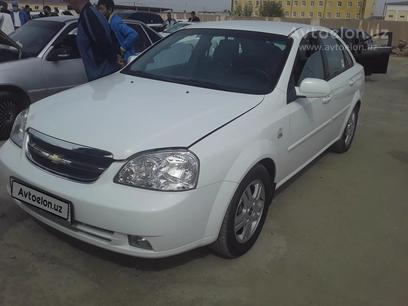 Chevrolet Lacetti, 2 pozitsiya 2013 года за ~8 101 у.е. в Nukus