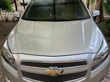 Chevrolet Malibu, 2 pozitsiya 2013 года за 14 000 у.е. в Toshkent