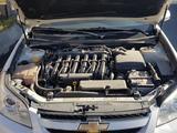 Chevrolet Epica, 2 pozitsiya 2010 года за 10 000 у.е. в Samarqand