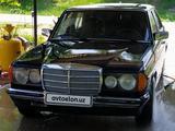 Mercedes-Benz E 280 1982 года за 2 500 у.е. в Quvasoy