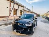 Chevrolet Captiva, 4 позиция 2014 года за 23 000 y.e. в Фергана