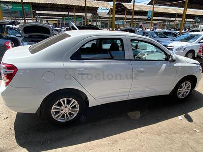 Chevrolet Cobalt, 4 pozitsiya 2021 года за 12 000 у.е. в Chirchiq