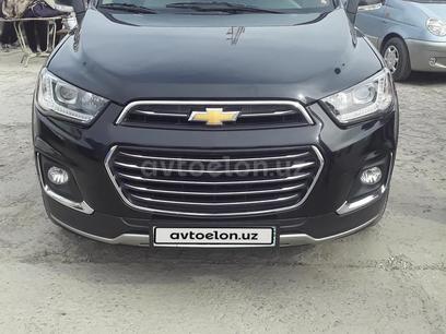 Chevrolet Captiva, 3 pozitsiya 2013 года за ~17 075 у.е. в Nukus