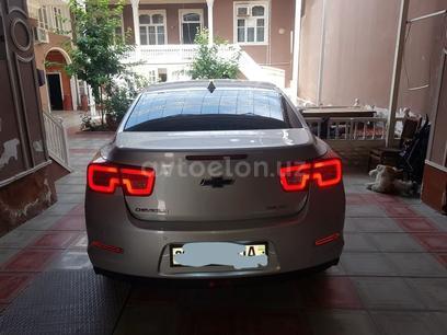 Chevrolet Malibu, 1 pozitsiya 2012 года за ~13 085 у.е. в Toshkent