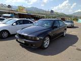 BMW 520 2001 года за 12 000 у.е. в Toshkent